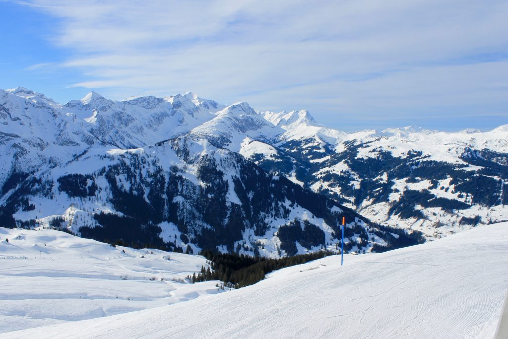 Hiking in Switzerland: Lenk im Simmental - Kaptain Kenny Travel