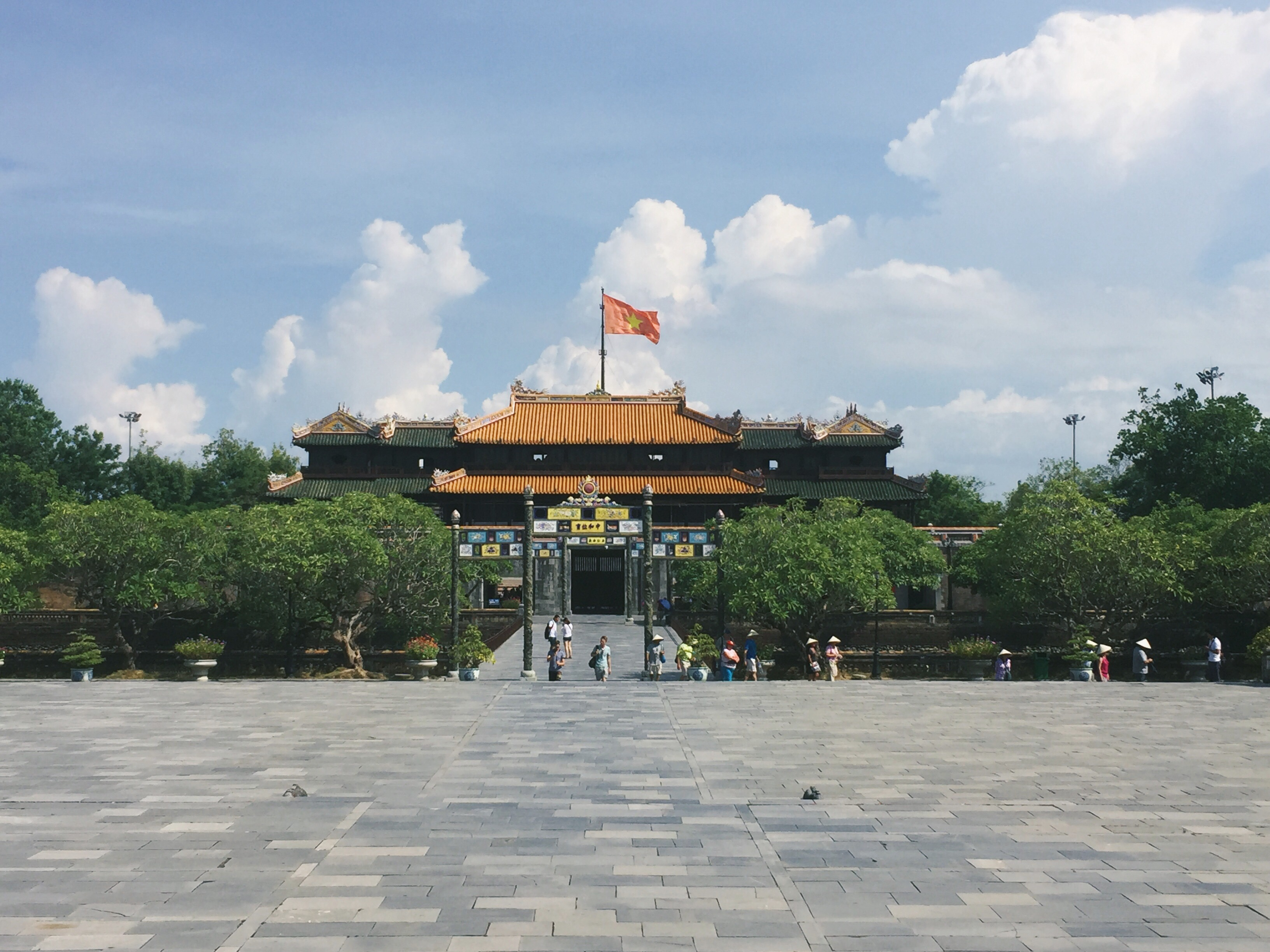 Mistakes I Made Before Visiting The Imperial City of Hue – Kaptain Kenny Travel